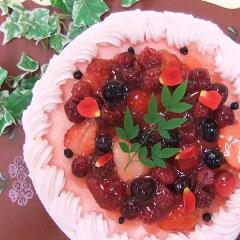 ◆他では味わえないピンク色の苺味のストロベリー生クリーム!生クリームの味を引き出すために...