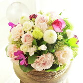 アレンジメントフラワー Round Basket(ピンク系)※デザイナーが手がけるお洒落な一品。お見舞いや快気祝いなど、退院後のお祝いに関する贈り物に【送料・メッセージカード無料】【あす楽】