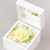 花びらにメッセージを入れてお届け致します。