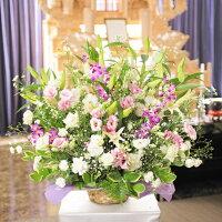 枕花や告別式など用途をえばらずにご利用できるお供え花です。