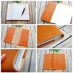 内面もすべて本革製で毎日手帳を開くのが楽しくなります♪
