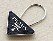 プラダ PRADA キーリング SAFFIANO ブラック&シルバー 2AP301 053 F0002