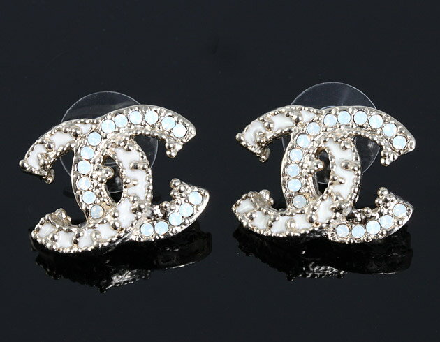 Chanel Here Mark Pierced Earrings Ivory Champagne Gold A61600 On The Hunt