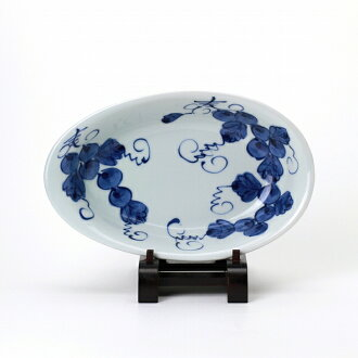 青花たまご型カレー皿