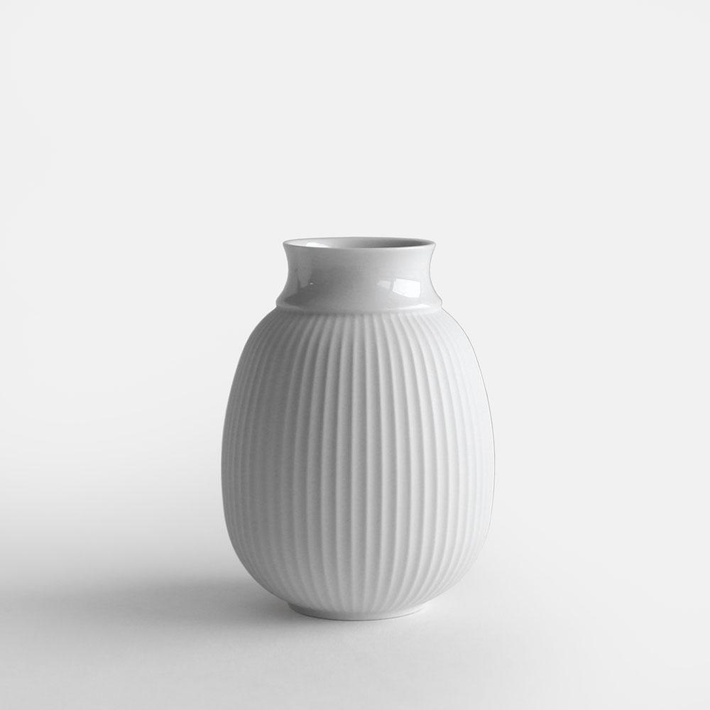 【あす楽対応】Lyngby Porcelain[リュンビューポーセリン] / Curve Vase 12cm(White)【カーブベース/磁器/フラワーベース/花瓶/北欧/ホワイト】[114058