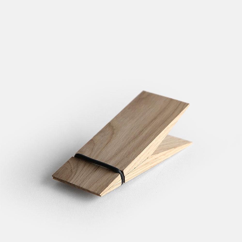 【あす楽対応】MOEBE / PINCH(Oak)【ピンチ/ウッドクリップ/ムーベ/デンマーク/インテリア/オーク】[112475