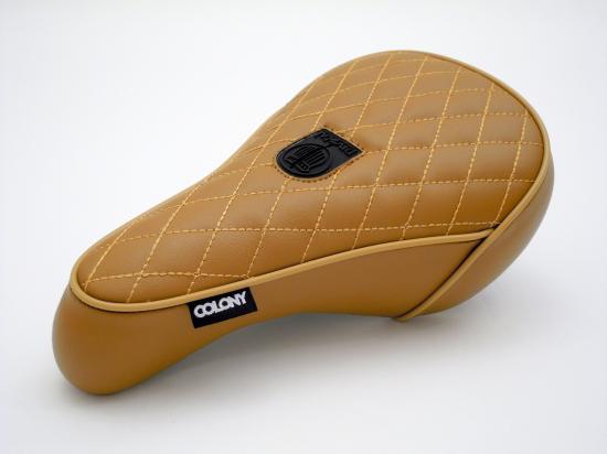 COLONY - Nathan Sykes Signature Seat Pivotal TAN / コロニー BMX シート サドル ピボタル