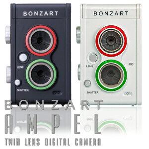 上下に二つのレンズを搭載した二眼レフ風 デジタルカメラデジタルカメラ 二眼レフ風デジタルカ...
