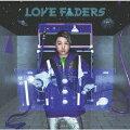 """ENDRECHERIのニューアルバムは「LOVE FADERS」 !!! 今作でもエンドリ FUNK 炸裂 !!! 宇宙、そして地球や様々な惑星たちと愛のフェーダー(ボリューム)をあげよう ! というコンセプトを掲げ、出来上がった思わずノッてしまうFUNKアルバム。  前作アルバムに収録していた楽曲「4 10 cake」(読み:ホットケーキ)に続き、今作ではそのアンサーソング?の「Butter」や「4 10 cake」と同じくただただ好きで作った「CREPE」など食べた時の多幸感を耳からも味わえます。 お風呂で思わず口ずさむであろう「Bubble dancer」やSanakuが歌う楽しく出来る◯磨きソング「Excuse me I'm Honey」など小さなお子様もたのしめちゃうFUNKから、 いままでなかった ?! 結婚式でかけちゃいたい「Wedding Funk」やMr. WhoのRapも堪能できちゃうしびれる程かっこいい「FUNK 一途 BEASTS」、 そしてもちろん ! 歌声染み入るバラード「Oh...」や「あなたへ生まれ変われる今日を」、そして昨年のツアー中に願いを乗せて作り披露した「Super miracle journey」などどれも聴き逃せない全16曲をお届けします!!!  Limited Edition B特典映像には「Kun Kun Yeah ! 〜Muscle Commander? Music Clip & Training」を収録。 ファンの方々から「筋トレが続かない!聴きながら筋トレできる曲を作って!」という声を頂いて制作したこの楽曲。 これを観れば、あなたも絶対""""Muscle Muscle""""! さあ、Muscle Commanderと一緒に Let's Kun Kun !"""