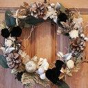 ベルベットのような質感のプリザの黒バラと木の実のリース●クリスマスリース#21●ブラックロー...