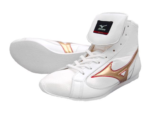 ミズノショート boxing shoes ( our original White x Gold ) ランバードロゴ on original shoe bag with (boxing supplies & ring shoes)