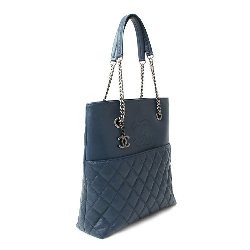 c523c7b7504bac [brand] CHANEL [the reference list price] 369,360 yen [material] Caviar  skin [color] Navy (vintage-like silver metal fittings)