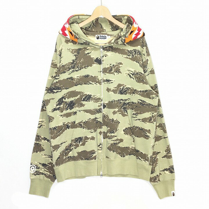 A Bathing Ape nigo A BATHING APE TIGER CAMO TIGE...