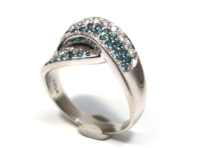 ブルーダイヤモンドリング