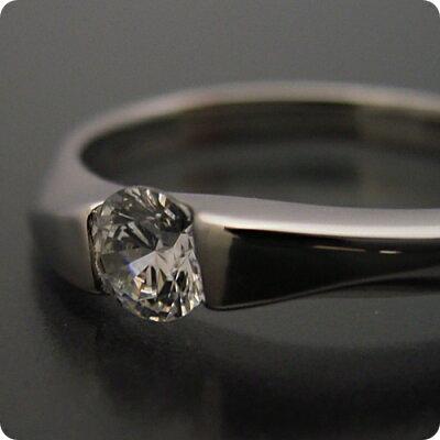 50万円 婚約指輪 0.5カラット エンゲージリング 一粒 ダイヤモンド プロポーズ用 ブライダルジュエリー プラチナ もの凄くスタイリッシュなデザインの婚約指輪 Eカラー・VS1・Excellentカット 宝石鑑定書付き・・・ 画像2