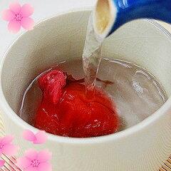 ふみこ農園オリジナル!フルーツ梅干第二弾桜の芳香がふわっと香る桜湯、桜梅焼酎を味わってみ...