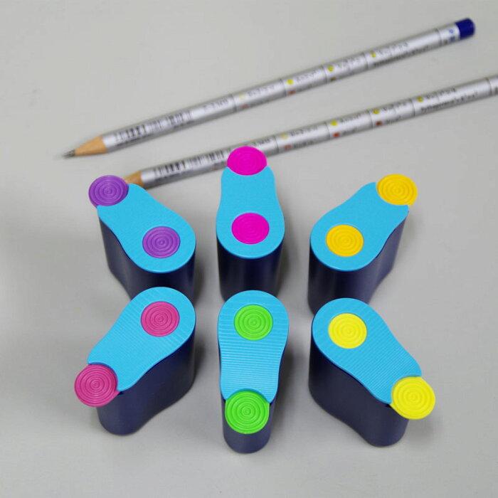 鉛筆の強い味方 フタがスライドするおもちゃのような鉛筆削り