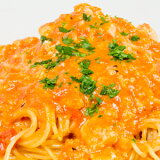 身がたっぷりカニのトマトクリームソース生スパゲッティ
