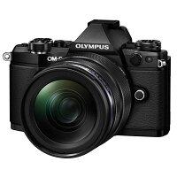 【送料無料】OLYMPUSオリンパスミラーレス一眼カメラOM-DE-M5MarkII12-40mmF2.8レンズキットブラック