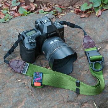 <公式>伸縮自在のカメラストラップ!/diagnl(ダイアグナル)/NinjaCameraStrap(ニンジャカメラストラップ)38mm本革バージョン{一眼レフ}{伸縮自在}{カメラ一眼}{マイクロ}{ミラーレス}