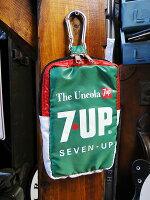 7UPのカラビナポーチ(グリーン)★アメリカ雑貨★アメリカン雑貨