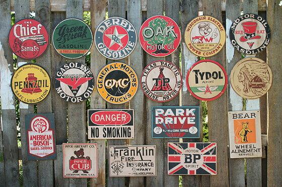 昔のアドバタイジングのウッドサイン(レディキロワット/イエロー)★木製ウッドアメリカ看板サインプレートサインボードアンティークアメリカン雑貨アメリカン雑貨