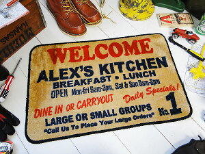 玄関を始め、洗面所、トイレ、キッチン、部屋の入口からデスクの足元まで!アメリカンインテリ...