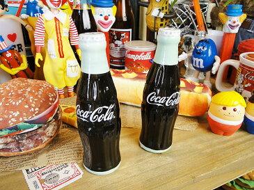 コカ・コーラブランド コンツアーボトルのソルト&ペッパー 2本セット ■ コカコーラグッズ 雑貨 グッズ ブランド Coca-Cola アメリカ雑貨 アメリカン雑貨 アメリカ 雑貨 インテリア おしゃれ 人気 塩コショウ入れ 調味料入れ