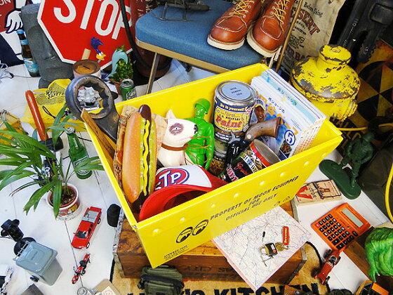 ムーンアイズのストレージボックス(アイボールロゴ)★アメリカ雑貨マイカゴ★アメリカン雑貨買い物カゴ