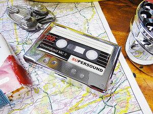 ボタンを押すとパカッと割れるおなじみのタイプ!カセットテープのシガレットケース ★アメリ...