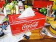 いやーやっぱり絵になります!コカ・コーラブランド ティッシュケース 「楽天1位」 ■ コカコーラグッズ 雑貨 グッズ ブランド Coca-Cola アメリカ雑貨 アメリカン雑貨 コーラ 置物 インテリア おしゃれ 人気 小物 こだわり派が夢中になる! 人気のアメリカ雑貨屋