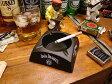 ちょっとした小アイテムもこだわりたい☆ジャックダニエルのプラ灰皿 ■ アメリカ雑貨 アメリカン雑貨 灰皿 おしゃれ 業務用 インテリア 小物 置物 おもしろ ガレージグッズ 人気 卓上灰皿 喫煙グッズ パブグッズ ジャック ダニエル