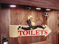 トイレはこちら!ボード