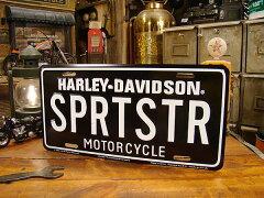 熱狂的なファンがいるのも有名な車種!ハーレーダビッドソンのライセンスプレート(スポーツスタ...