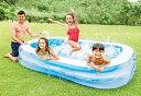 【商品概要】 INTEX社製、使いやすい長方形型のファミリープールです。 プールの壁面は幅の広いIビーム構造なので、ふくらませると腰掛けられます。 ご注意:子供は必ず、監視者のもとで遊ばせてください。 【スペック】 製品サイズ:(約)奥行262×幅175×高さ56cm 材質:塩化ビニル樹脂(非フタル酸系可塑剤使用) 付属品:修理用パッチ 水量目安:高さ37cmまで入れて749L 原産国:中国 【イチオシ商品】