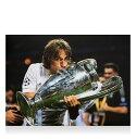 ルカ・モドリッチ 直筆サインフォト レアル・マドリード UEFA チャンピオンズリーグ ウィナー (Luka Modric Signed Real Madrid Photo: Four-Time UEFA Champions League Winner) 2/14入荷!