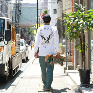 HAIGHTの長袖Tシャツ