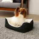 コムサイズム スクエアベッド COM-SBS Sサイズ ペットベッド 秋冬ベッド 犬猫兼用 猫 小型犬 ペット用 ペット用品 寒さ対策 あったか もこもこ おしゃれ 可愛い シンプル アイリスオーヤマ COMME CA ISM その1