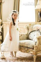 モデル写真子どもドレス着用例ホワイト