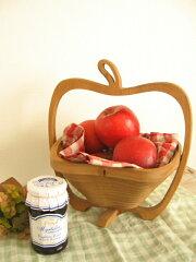 アップルの木製バスケット。根菜やフルーツ、毛糸玉を見せる収納かごにしてもかわいい!ちょっ...