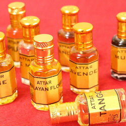 ★新入荷!!★【ナチュラルパフュームブラックボトル】インド香水ナチュラル自然ノンアルコール上品官能プレゼントデート贈り物無添加敏感肌女性性リラックスユニセックス