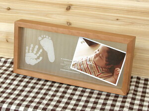 【送料無料】メモリアルスタンド「天使の記憶」赤ちゃん 手形 足形/お名前入りフォトフレーム...