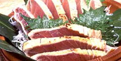 ★マグロのハランボ冷凍たたき700g(4~5人前)★まぐろのはらも(ハラモ)のタタキです!【SBZ...
