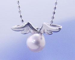 6月誕生石パール(真珠)ネックレスペンダント天使の贈り物♪真珠(パール)【K18ホワイトゴールド(K18WG)】【送料無料】