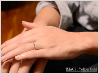 【送料無料】ルビーリング指輪プラチナエタニティミルウチピンキーリングハーフエタニティpt900重ねづけ華奢レディース7月誕生石天然石赤クラシカル【_包装】0824カード分割
