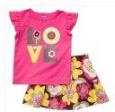 Carter's(カーターズ)USA直輸入正規品鮮やかピンクのTシャツとお花模様のブルマつきスカートセットアップ