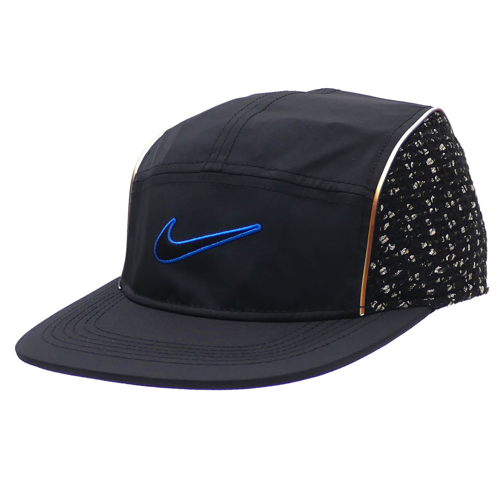 "1c0b856aa49 The hot collaboration of NIKE x SUPREME came true again!! Here comes a running  hat with the coloration of ""AIR MAX TAILWIND 4"