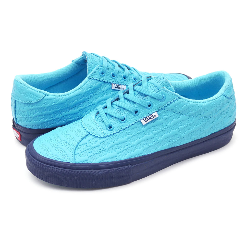 The hot collaboration with VANS came true!! Base of classical