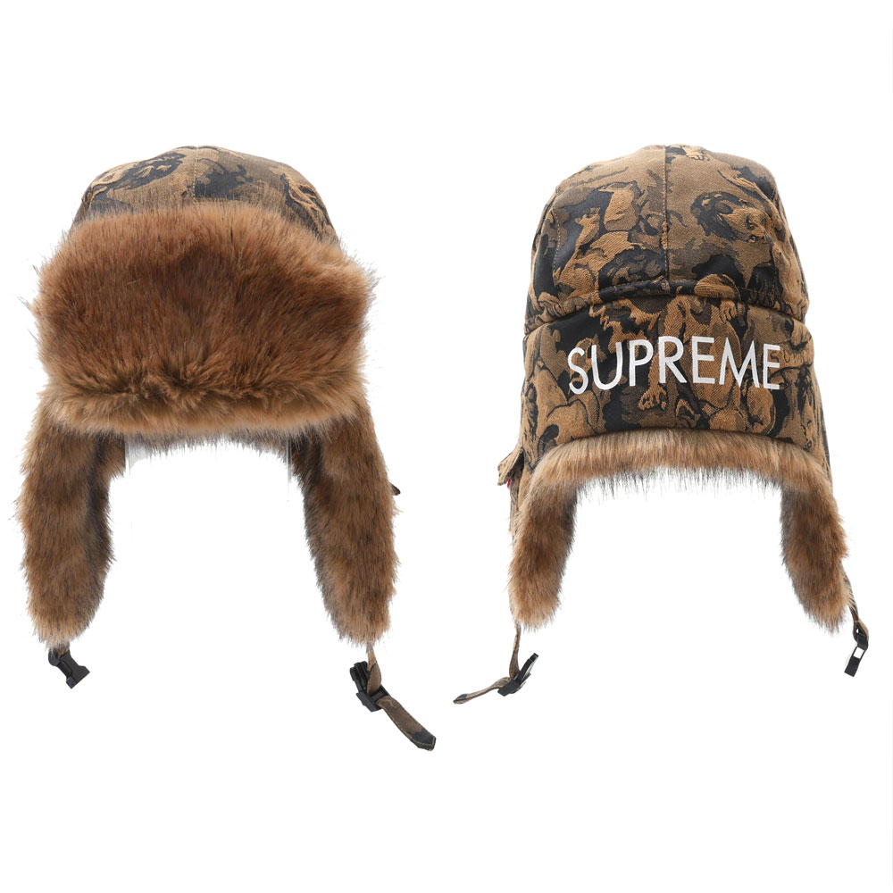 It goes without saying that SUPREME has gained much reputation for its COOL  street fashion!! This is indeed