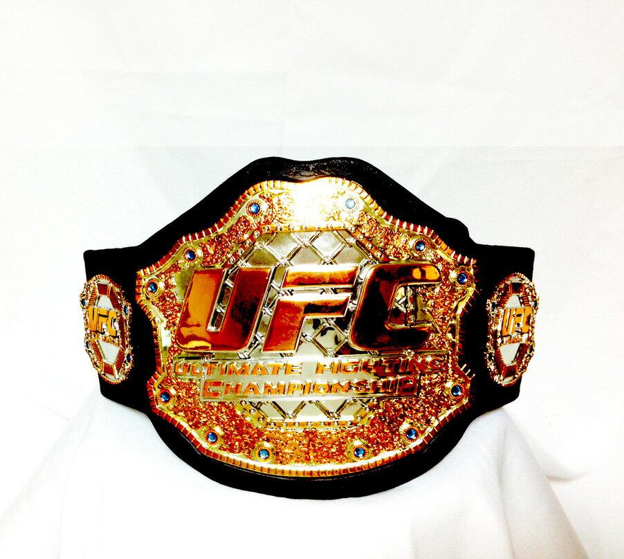 【直筆サイン入り】UFC Championship belt signed by Dana White President 総合格闘技イベント「UFC」の代表デイナ・ホワイトのサイン付きUFCチャンピオンベルト。
